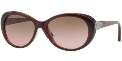 Sluneční brýle Vogue model 2770S, barva obruby vínová lesk, čočka hnědá gradál, kód barevné varianty 228714.