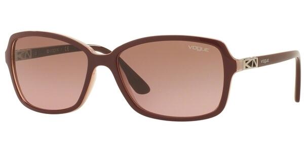Sluneční brýle Vogue model 5031S, barva obruby vínová lesk růžová, čočka fialová gradál, kód barevné varianty 238714.