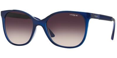 Sluneční brýle Vogue model 5032S, barva obruby modrá lesk, čočka fialová gradál, kód barevné varianty 238436.