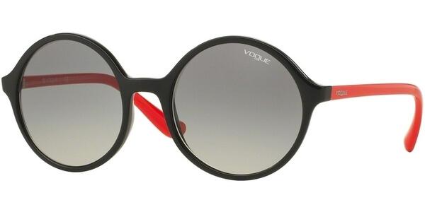 Sluneční brýle Vogue model 5036S, barva obruby černá lesk červená, čočka šedá gradál, kód barevné varianty W4411.