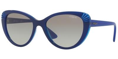 Sluneční brýle Vogue model 5050S, barva obruby modrá lesk, čočka šedá gradál, kód barevné varianty 243111.