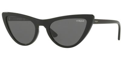 Sluneční brýle Vogue model 5211S, barva obruby černá lesk, čočka šedá, kód barevné varianty W4487.