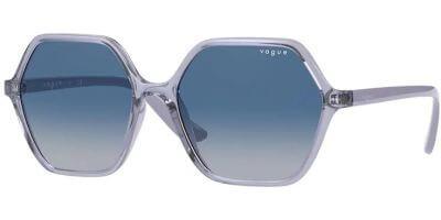 Sluneční brýle Vogue model 5361S, barva obruby fialová lesk čirá, čočka modrá gradál, kód barevné varianty 27974L.