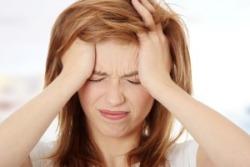bolest hlavy z kontaktních čoček