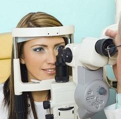 návštěva optometristy.